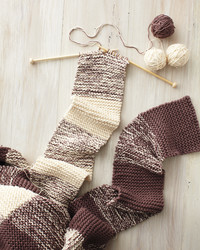15 Knitting Ideas for a Cozy Day Indoors