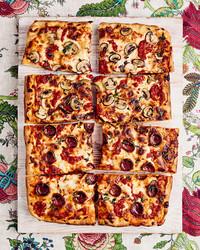 grandma-style pizza