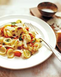 pasta-bacon-veg-1011mld107609.jpg