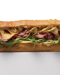 roast-beef-sandwich-mld107997.jpg