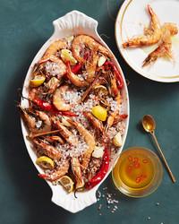 salt-roasted-prawns-102797692.jpg