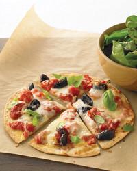 tortilla-pizza-0108-med103315.jpg