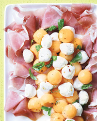 "Italian Appetizer Recipes That Say ""Buon Appetito"" to Your Dinner Guests"