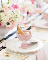 A Pretty-in-Pink Graduation Party (Complete With Sweet Dessert Bar!)