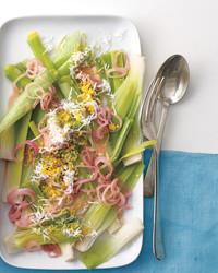 leek-vinaigrette-egg-med108164.jpg