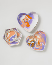 These Colorful Jewelry Dishes are Easy to Make with Marbling Medium