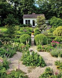 Page Dickey Garden: Sense & Spontaneity