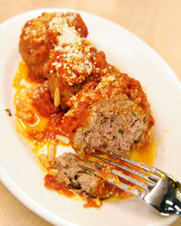 6087_012511_meatballs_tonys_way.jpg