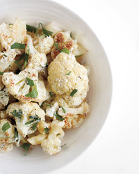 cauliflower-salad-0911med107344.jpg