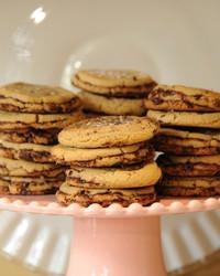 chocolate-chip-cookies-mslb7130.jpg