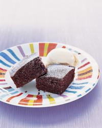 devils-food-cake-0604-mea100764.jpg