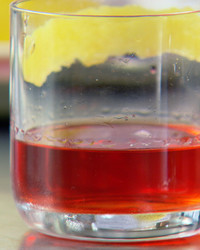 emeril-ep07-beautysazerac-10-14.jpg