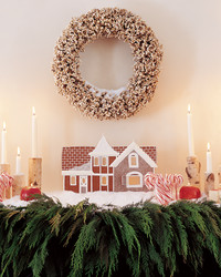 gingerbread-house-1202-mla99303.jpg