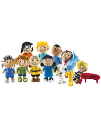 The Peanuts Gang Is Back ... as a Cast of Crocheted Characters
