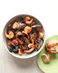 shrimp-mussels-sfrito-med108019.jpg