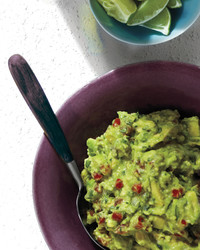 simple-guacamole-0611-med107092.jpg