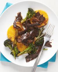 stir-fried-beef-garlic-ed110107.jpg