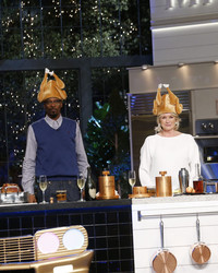 """Must Watch Tonight: """"Martha & Snoop's Potluck Dinner Party"""" -- It's the Thanksgiving Episode!"""
