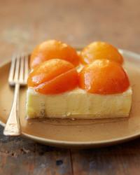 apricot cheesecake slice