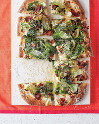 bacon-escarole-pizza-2-med108372.jpg