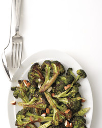 broccoli-lemon-almonds-med108164.jpg