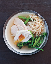 chinese-egg-noodle-soup-ms109787.jpg