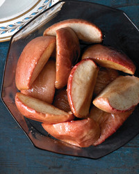 mld105100_1209_1209_roast_apples.jpg