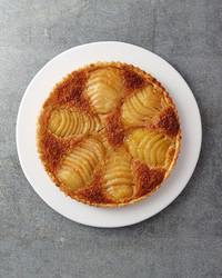 pear-frangipane-cake-024-d111661.jpg