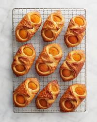 apricot-bowtie-danish-147-d112178.jpg