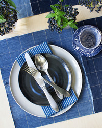 Upcycle a Pair of Jeans Into a Beautifully Stitched Place Mat
