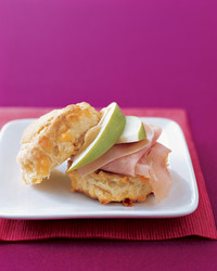 ham-apple-sandwich-0104-mea100524.jpg