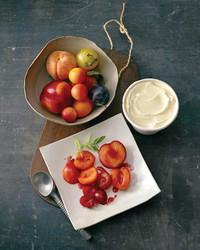 roasted-fruit-salad-0811mld104304.jpg
