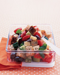 tuscan-bread-salad-0704-mea100807.jpg