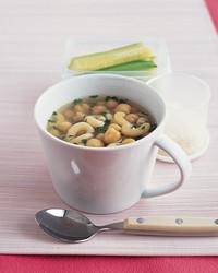 chickpea-pasta-soup-1204-mea101070.jpg