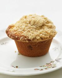 coffee-cake-muffins-0506-med102090.jpg