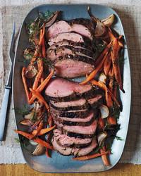 marinated-beef-tenderloin-md109611.jpg