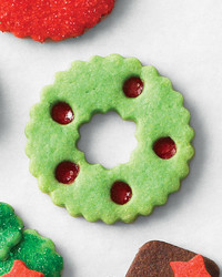 mld106463_1210_cookie_stain_wreath.jpg
