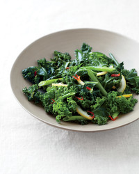 spicy-sauteed-kale-lemon-med107616.jpg