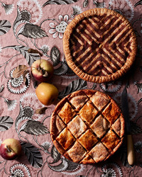 decorative tile double-crust apple pie