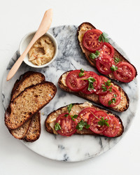 roasted-garlic toast