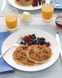 maple-bacon-pancakes-0607-mld102700.jpg