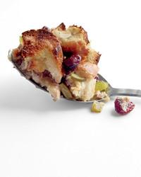 casseroles-turkey-stuffing-med107508.jpg