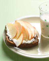 cinnamon-toast-apples-0508-med103746.jpg