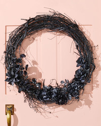 DIY a Black Door Wreath for Halloween