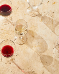 Here's How to Host a Wine-Tasting Party