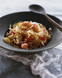 mls2028_1209_shredded-sauteed_cabbage.jpg
