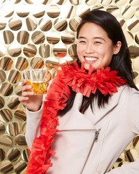 Hosting an Awards Party? Set up This Gold Sequin Photo Booth