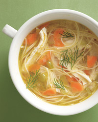 sas-chicken-noodle-soup-002-med108875.jpg