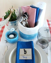 Festive Tabletop Containers for Your Summer Fetes