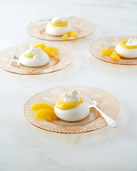 orange-curd-filled-pavlova-252-d112925.jpg